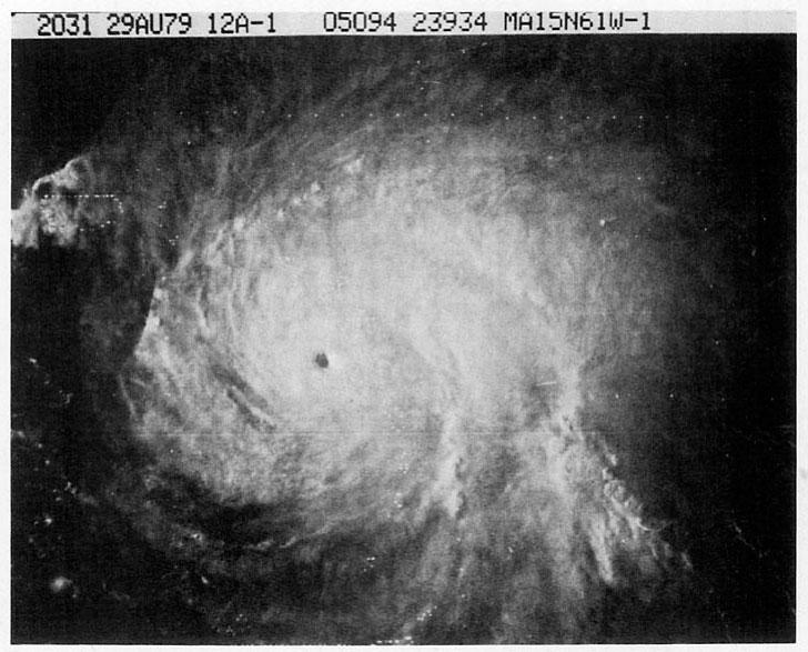 Imagen del satélite del huracán David al sureste de Puerto Rico-29 de agosto de 1979